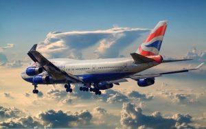 British_Airways_Boeing_747-400_leaving_town