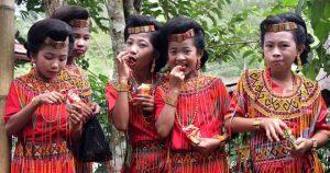 sulawesi-girls1-660x348