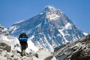 Mont Everest (Népal) © Daniel Prudek - Fotolia