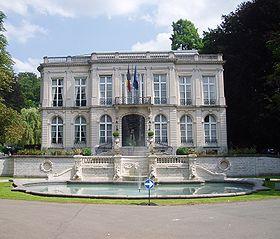 280px-Chateau_Sainte-Anne