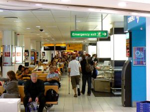 Inside_Terminal_2_London_Heathrow_airport_-_geograph.org.uk_-_568850