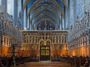 Albi_cathedral_-_choir_and_choir_screen