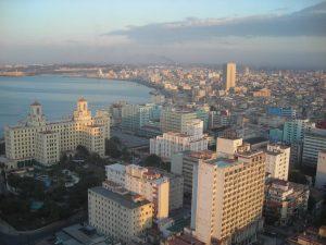 Hotel_Nacional_y_Malecon_de_La_Habana