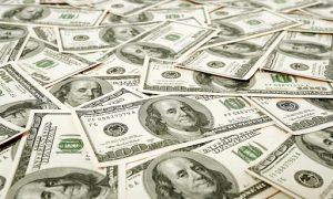 largent-des-algeriens-senvole-a-letranger-15-milliards-de-dollars-ont-quitte-le-pays
