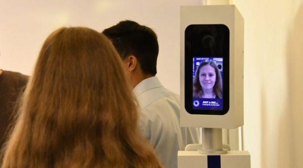 Reconnaissance faciale à l'embarquement sur British Airways