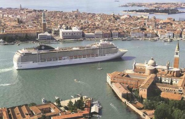 Venise va taxer les croisiéristes