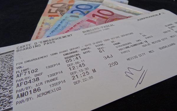 Le prix moyen des réservations de billets d'avion devrait chuter de 4 % d'ici avril