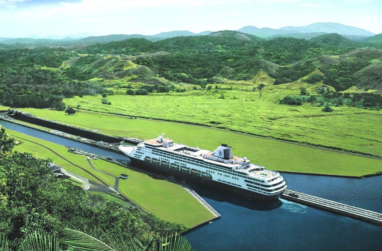 En 2019-2020, sept navires de la compagnie Holland America Line traverseront le canal de Panama